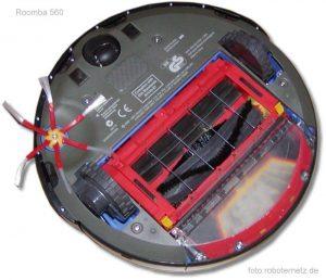 Roomba 560 von unten betrachtet