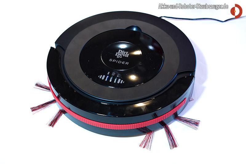 dirt devil m 607 spider beim aufladen akku und roboter staubsauger. Black Bedroom Furniture Sets. Home Design Ideas