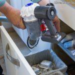 Entleerung Schmutzbehälter Akku-Staubsauger Dyson V6