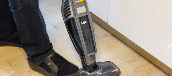 Haarabschneider Akkusauger AEG UltraPower 5022