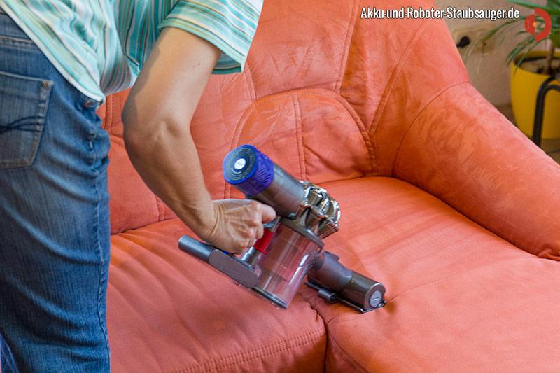 Dyson V6 Total Clean Elektrobürste für Couch