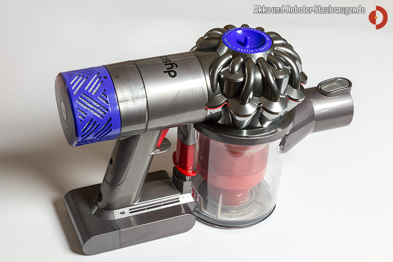 dyson v6 total clean akku und roboter staubsauger. Black Bedroom Furniture Sets. Home Design Ideas