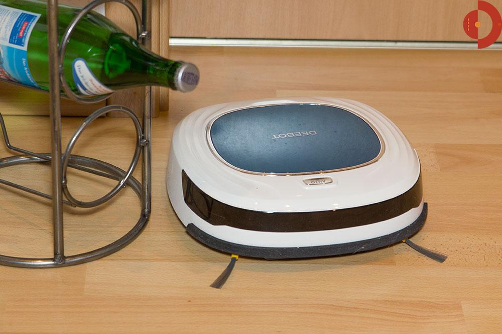 ecovacs deebot d45 der produktreihe d4 im test. Black Bedroom Furniture Sets. Home Design Ideas