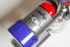 test-dyson-v8-absolute-max-schalter