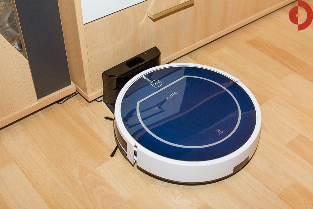 ilife v7 beetles test saugroboter ladestation akku und. Black Bedroom Furniture Sets. Home Design Ideas