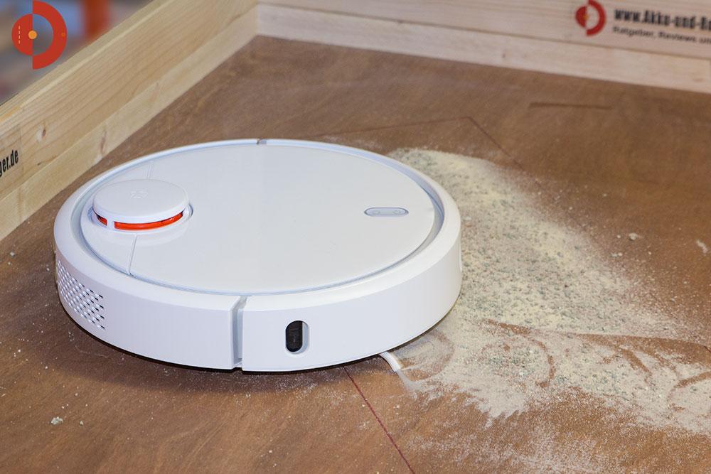 xiaomi-mi-staubsauger-roboter-test-katzenstreu-sand