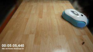 Moneual-Everybot--RS500-Fleckentest-nach-5-minuten
