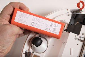 Xiaomi-Roborock-Robotic-Vacuum-Cleaner-Testbericht-Akku
