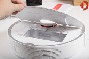 Xiaomi-Roborock-Robotic-Vacuum-Cleaner-Testbericht-Schmutzfach
