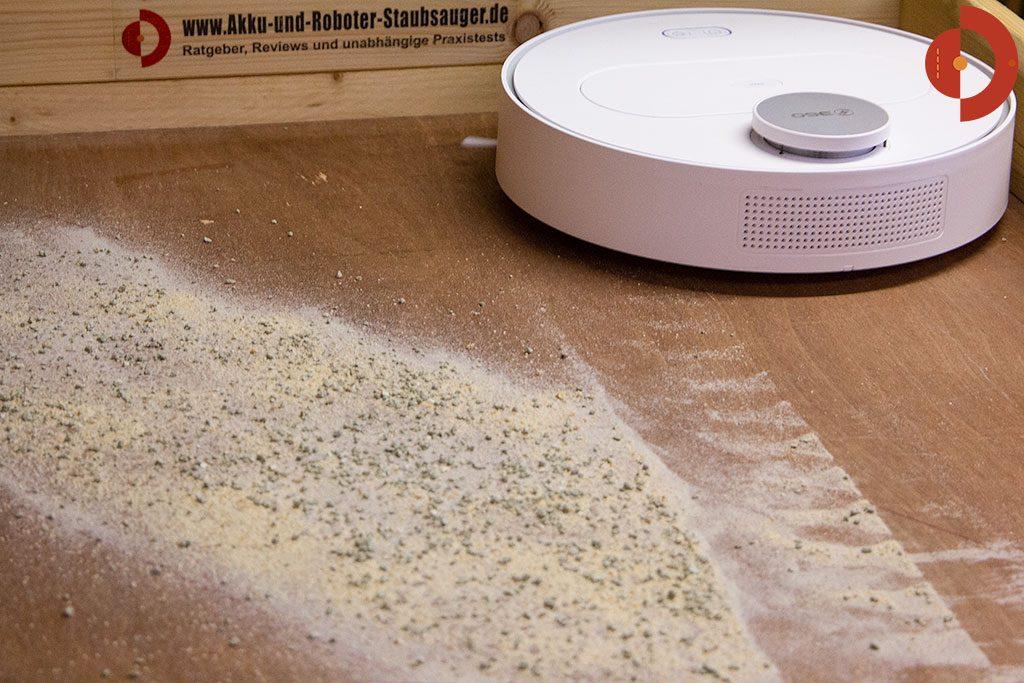 360-S6-Robot-Vacuum-Cleaner-Test-Katzenstreu-Hartboden