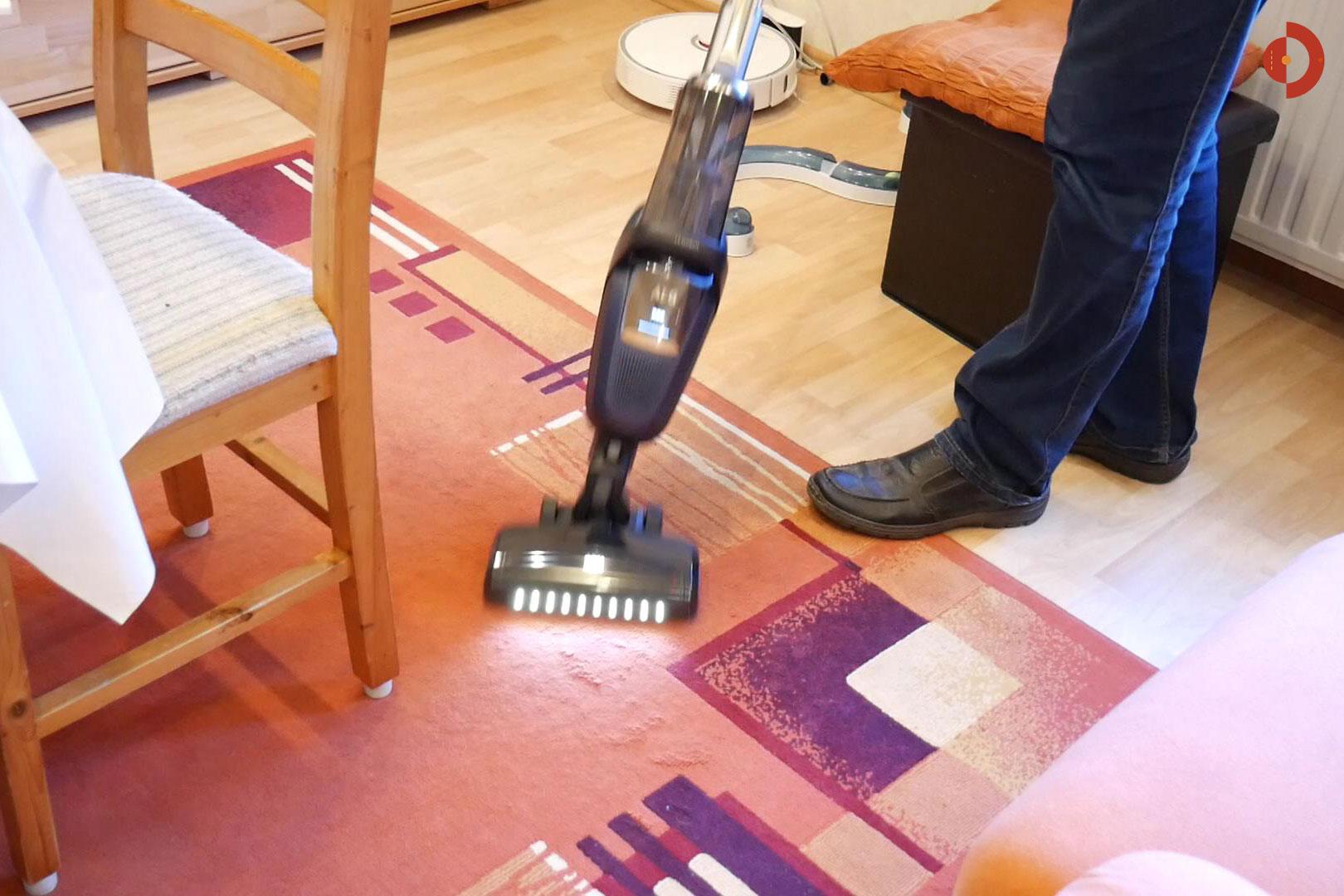 akkustaubsauger aeg fx9 1 ibm teppich saugen akku und roboter staubsauger. Black Bedroom Furniture Sets. Home Design Ideas