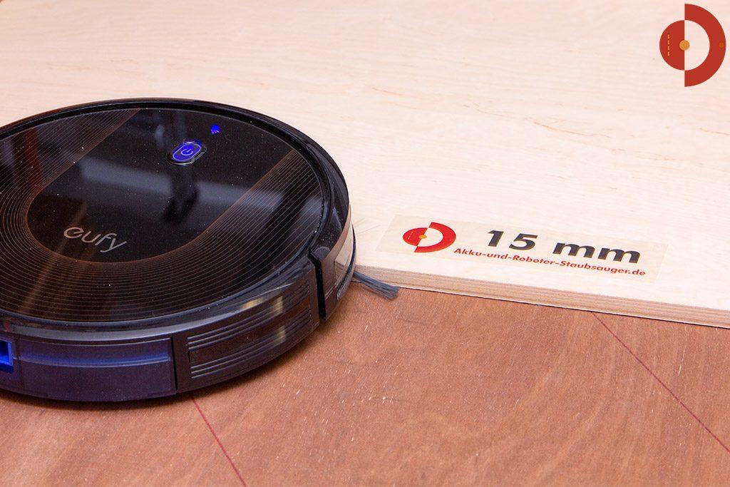 Eufy-RoboVac-30c-Test-Tuerschwellen-Test