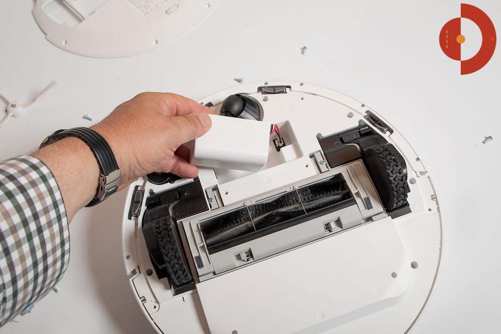 Saugroboter-360-s5-Aufgeschraubt-Akku