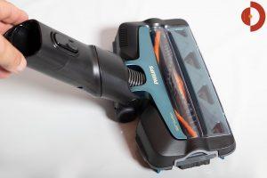 Philips-SpeedPro-Max-Plus-Aqua-XC8147-Test-Elektrobuerste-Gelenk