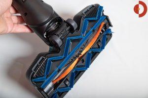 Philips-SpeedPro-Max-Plus-Aqua-XC8147-Test-Elektrobuerste-unten