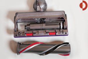 Dyson-V11-Absolute-Test-Direktantriebsbuerste-Torque-Drive-entnehmen-3