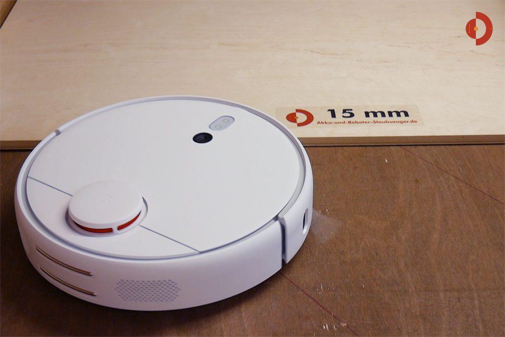 Xiaomi-Mi-Robot-1S-Xiaomi-Mijia-1S-Tuerschwellen