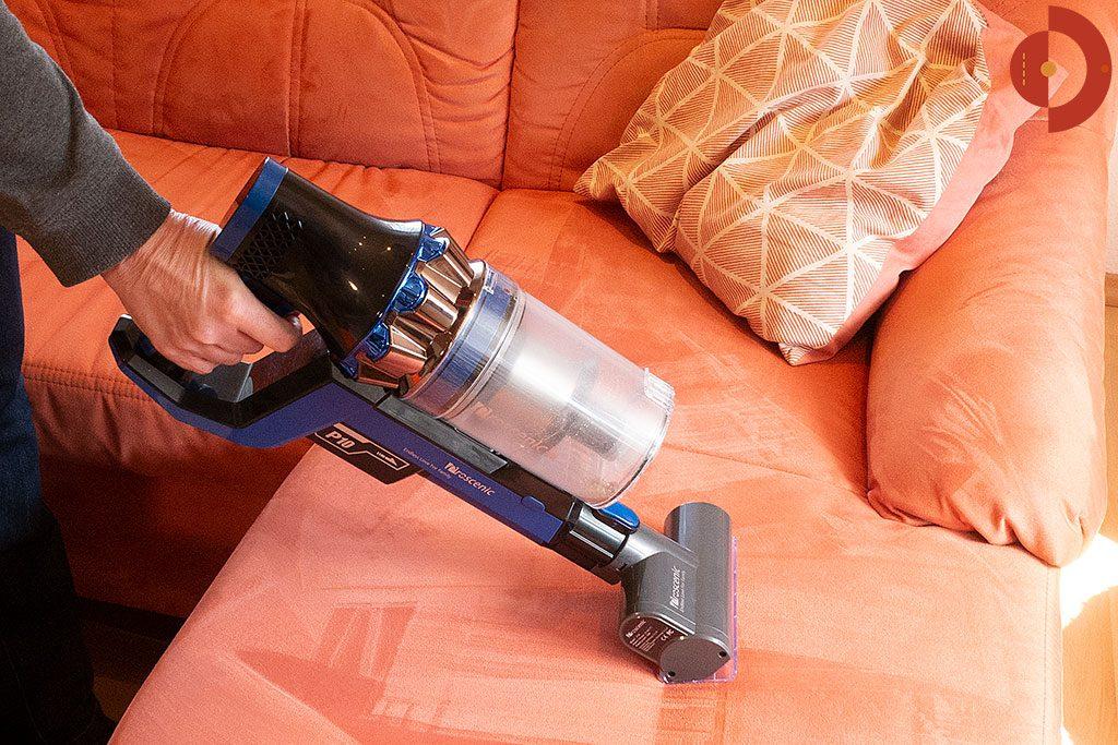 Proscenic-P10-Test-Akku-Staubsauger-Couch-saugen