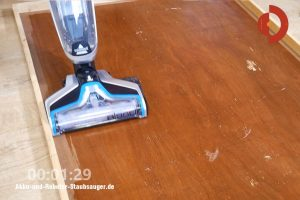 Bissell-CrossWave-Cordless-Test-Befeuchtung-4