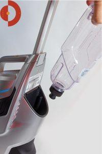 Bissell-CrossWave-Cordless-Test-Frischwasser-einstecken-hf