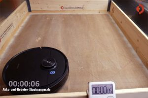 Deebot-Ozmo-T8-AIVI-Test-Randreinigung-Start