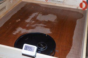 Ecovacs-Deebot-Ozmo-T8-AIVI-Test-Wischfunktion-Wasserverteilung-3
