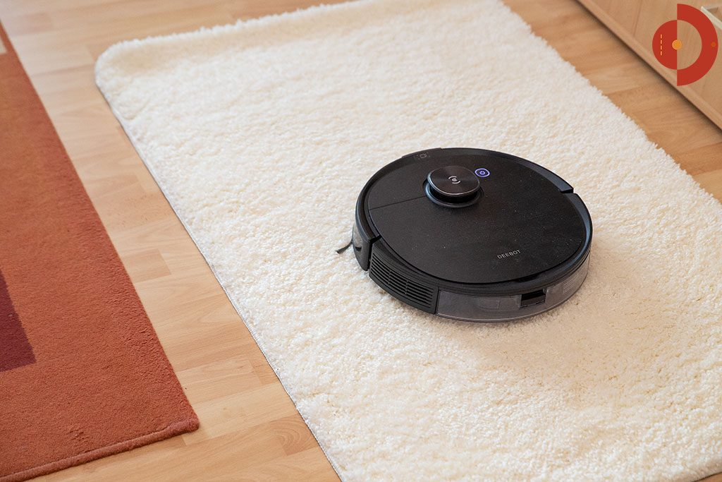 Ecovacs-Deebot-Ozmo-T8-AIVI-hoher-teppich