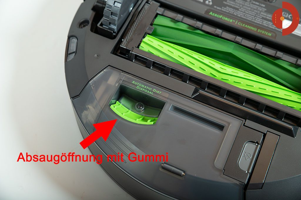 iRobot-Roomba-i7-Plus-Test-Absaugoeffnung