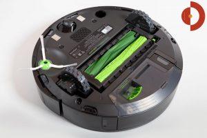 iRobot-Roomba-i7-Plus-Test-Unteransicht-2